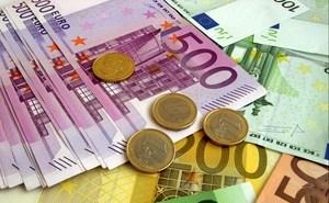 money_euro_banknotes_coins_80179_300x240